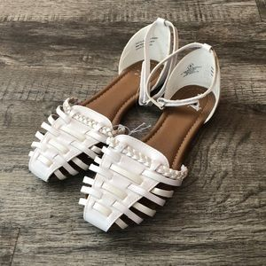 Justice woven white wicker shoes new sandals